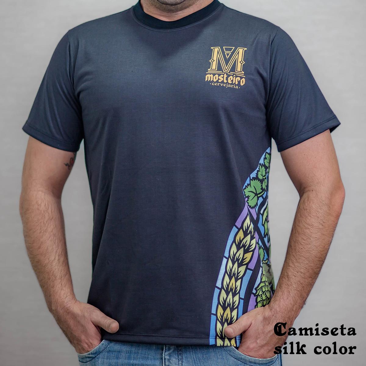 Camiseta em algodão com estampa em silk personalizada